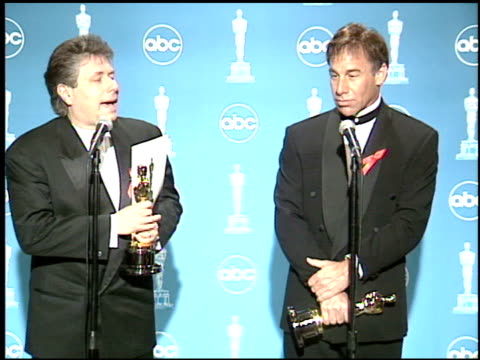 stephen schwartz at the 1996 academy awards at the shrine auditorium in los angeles, california on march 25, 1996. - 第68回アカデミー賞点の映像素材/bロール