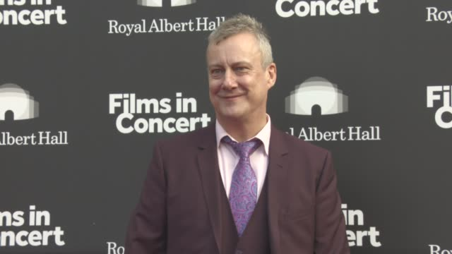 stockvideo's en b-roll-footage met stephen tompkinson at brassed off live - special film screening / q&a on may 09, 2017 in london, england. - stephen tompkinson