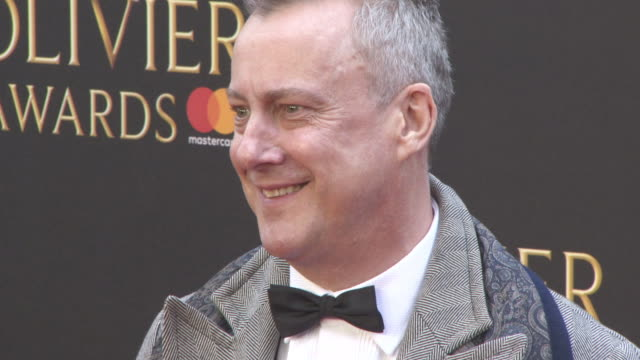 stockvideo's en b-roll-footage met stephen tompkinson at the olivier awards with mastercard at royal albert hall on april 08, 2018 in london, england. - stephen tompkinson