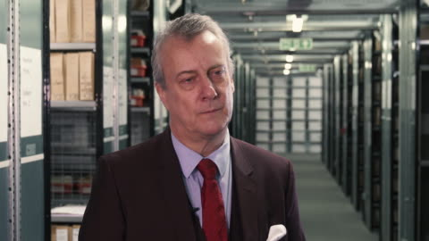 stephen tompkinson on his latest theatre role playing ebenezer scrooge - stephen tompkinson interviews at getty images archive on october 29, 2018 in... - stephen tompkinson stock videos & royalty-free footage