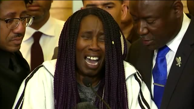 ktxl stephon clark's family their attorney and representatives from the naacp and the national action network demanded change at city hall - naacp stock videos & royalty-free footage