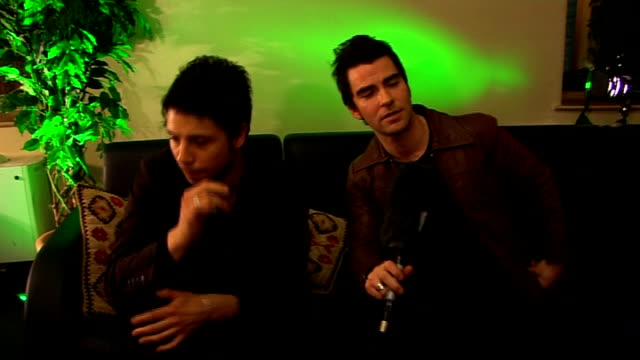 stereophonics interview stereophonics interview sot what they'veâ´been up to in the last 3 months on speaking with ronan keating at irish awards and... - ronan keating stock videos & royalty-free footage