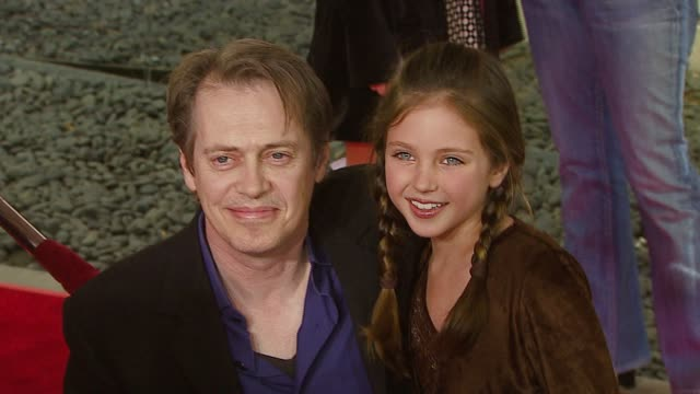 steve buscemi and ryan newman at the 'charlotte's web' los angeles premiere at arclight cinemas in hollywood california on december 10 2006 - steve buscemi stock videos & royalty-free footage