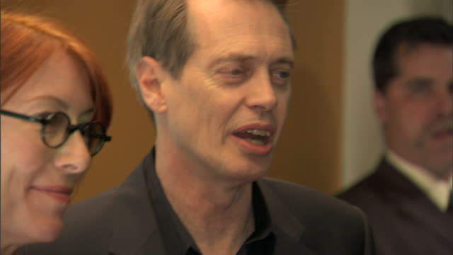 cu steve buscemi and wife jo andres posing for paparazzi on the red carpet - steve buscemi stock videos & royalty-free footage