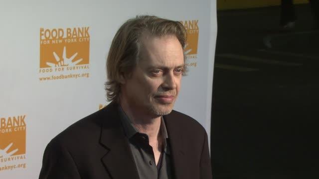 steve buscemi at the food bank for new york city's 6th annual can-do awards dinner at new york ny. - steve buscemi stock videos & royalty-free footage