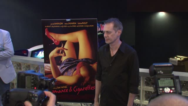 steve buscemi at the 'romance cigarettes' premiere at clearview chelsea west cinema in new york new york on august 30 2007 - steve buscemi stock videos & royalty-free footage