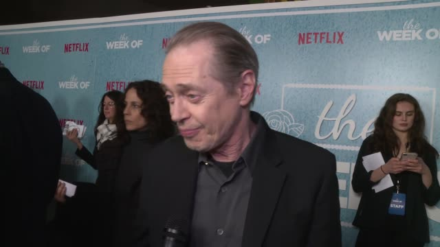 "steve buscemi on who the cast's funniest comedian is and his love for comedy at the world premiere of the netflix film ""the week of"" at amc loews... - steve buscemi stock videos & royalty-free footage"