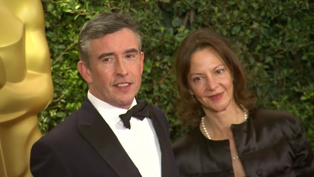 steve coogan at academy of motion picture arts and sciences' governors awards in hollywood ca on - 映画芸術科学協会点の映像素材/bロール