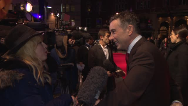 steve coogan at 'philomena' red carpet at odeon leicester square on october 16, 2013 in london, england - steve coogan stock videos & royalty-free footage