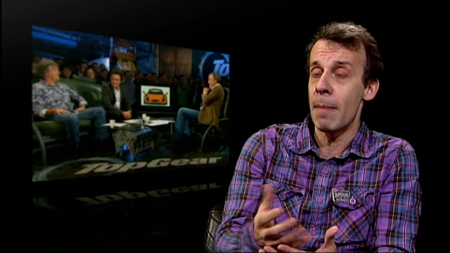 stockvideo's en b-roll-footage met steve coogan criticises 'top gear' over antimexican jokes london int david schneider interview sot talks of comedy which makes us question the... - steve coogan