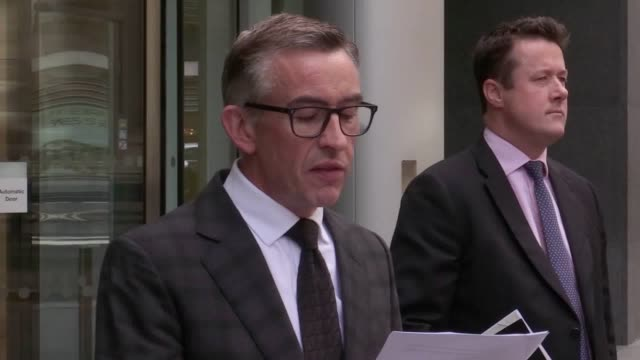 vidéos et rushes de steve coogan has received damages and an apology from mirror group newspapers over phonehacking the actor and comedian was at london's high court on... - steve coogan