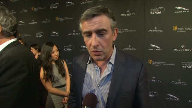 vidéos et rushes de interview steve coogan on being a part of the afternoon what bafta's support means to him at bafta la 2014 awards season tea party at four seasons... - steve coogan