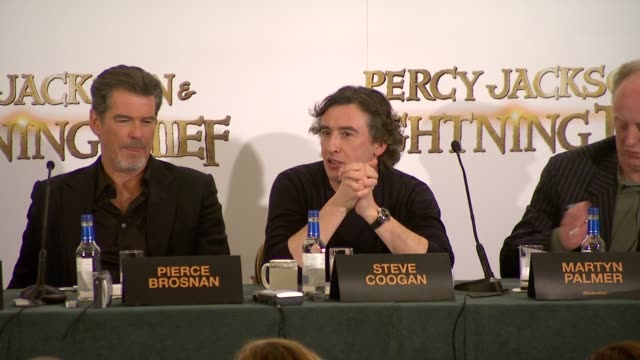 steve coogan on how he's got more impotence than omnipotence, on the levity and comedy of the role while having menace, on how wearing snakeskin... - steve coogan stock videos & royalty-free footage