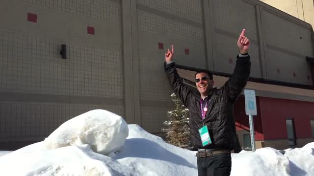 steve love is a snowball-throwing pro. here, he gets one through a tiny hole up on the wall of eccles theater, park city, in utah. let's hope it... - park city stock videos & royalty-free footage
