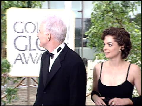 steve martin at the 1996 golden globe awards at the beverly hilton in beverly hills california on january 21 1996 - スティーブ マーティン点の映像素材/bロール