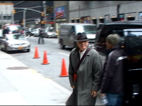 steve martin at the 'late show with david letterman' 03/14/11 at the celebrity sightings in new york at new york ny - スティーブ マーティン点の映像素材/bロール