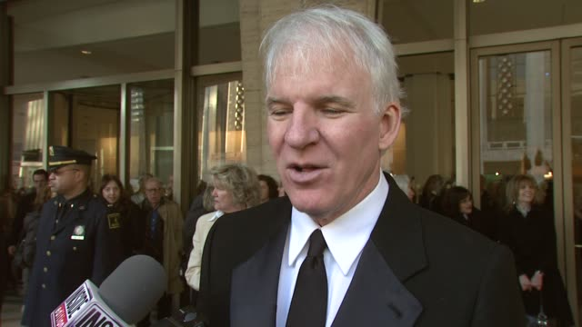 steve martin on his memorable moments working with diane keaton and what it was like to work with the actress at the film society of lincoln center... - スティーブ マーティン点の映像素材/bロール