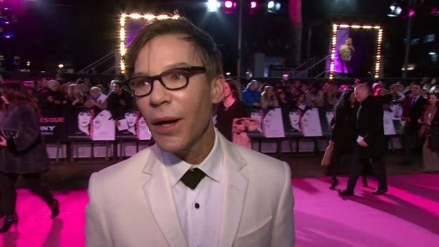 steven antin on working with christina and cher burlesque at the burlesque uk premiere at london england - burlesque stock videos & royalty-free footage