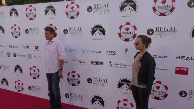 vídeos de stock, filmes e b-roll de steven bauer lyda loudon at the 7th annual variety the children's charity of southern california texas hold 'em poker tournament on july 26 2017 in... - texas hold 'em
