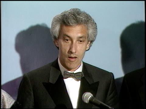 steven bochco at the 1987 emmy awards inside at the pasadena civic auditorium in pasadena, california on september 20, 1987. - パサディナ公会堂点の映像素材/bロール