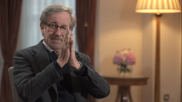 steven spielberg clapping his hands saying 'i am an experienced clapper' - film director stock videos & royalty-free footage