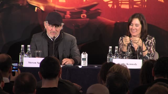 steven spielberg on how he, like clint eastwood, has no plans to quit at the war horse press conference part one at claridge's hotel, london, uk on... - クリント・イーストウッド点の映像素材/bロール