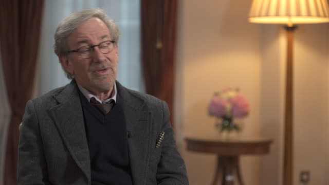 steven spielberg on persuading mark rylance to star in his film 'bridge of spies' - producer stock videos & royalty-free footage