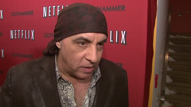 steven van zandt on his new show lilyhammer at north american premiere of lilyhammer, a netflix original series at crosby street hotel on 02/01/12 in... - スティーブン ヴァン ザント点の映像素材/bロール