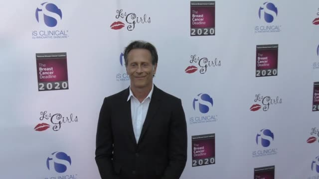vídeos y material grabado en eventos de stock de steven weber at the 17th annual 'les girls' on october 15 2017 in hollywood california - steven weber