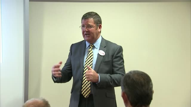steven woolfe collapses in european parliament lib / manchester mike hookem mep speaking at event - ジャッキー ロング点の映像素材/bロール