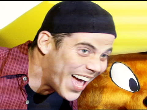 steve-o and speedy gonzalez at the special preview of the new speedy gonzales collection on april 19, 2007. - steve o stock videos & royalty-free footage