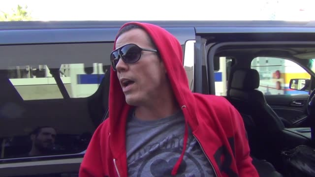 steve-o talks about going to jail departing at lax airport at celebrity sightings in los angeles on october 07, 2015 in los angeles, california. - steve o stock videos & royalty-free footage