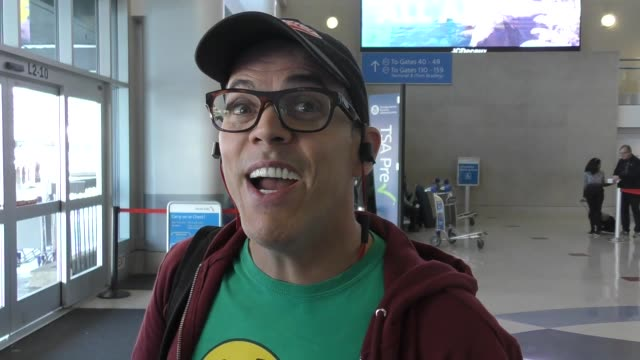 steve-o talks about his vasectomy as he arrives at lax in los angeles in celebrity sightings in los angeles, - steve o stock videos & royalty-free footage