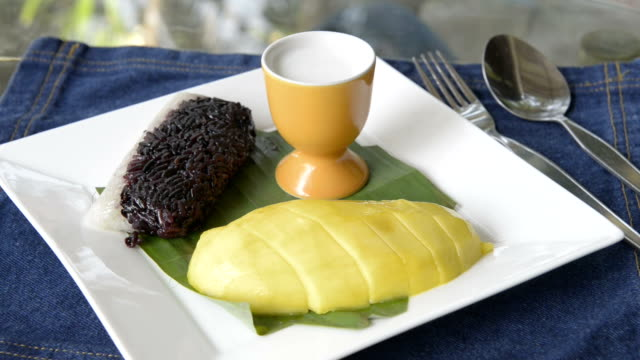 sticky rice with mango, glutinous rice - ko samui stock videos and b-roll footage