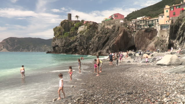 still shot of families on the italian beach no - coastline stock videos & royalty-free footage