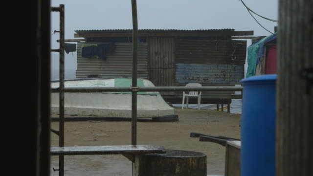 stilt house compound, koki village, moresby - stilt house stock videos & royalty-free footage