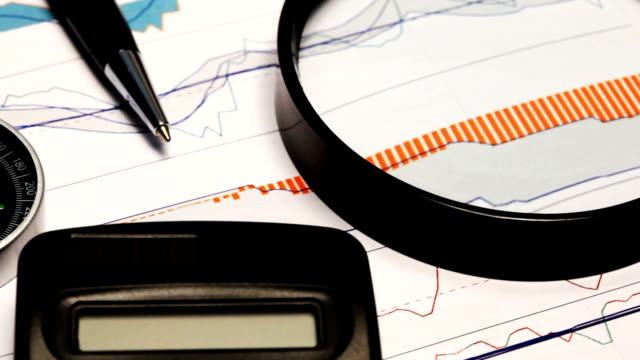 börse chart - liniendiagramm stock-videos und b-roll-filmmaterial