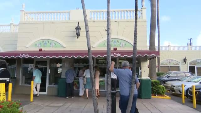 stockvideo's en b-roll-footage met stock shots of cafe versailles a cuban restaurant in little havana miami - versailles