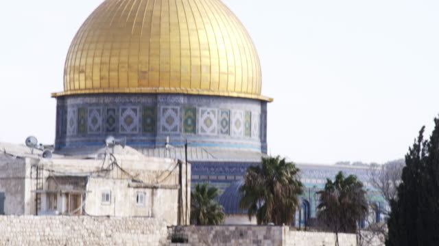 stock video footage of the dome of the rock and western wall filmed in israel at 4k with red. - jerusalem stock videos & royalty-free footage