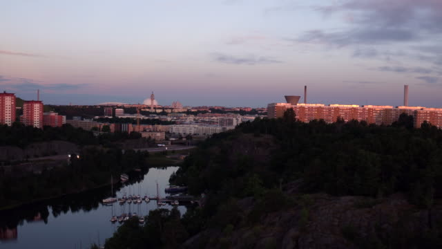 AERIAL: Stockholm city, Henriksdalsringen