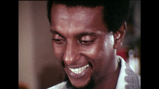stokely carmichael, alongside willie ricks , recalls the introduction of the concept of 'black power' in events leading up to the 1966 march against... - アメリカ黒人の歴史点の映像素材/bロール