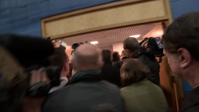 labour holds seat beating ukip challenge stokeontrent byelection labour holds seat beating ukip challenge int paul nuttall mep interview as along at... - seguire attività che richiede movimento video stock e b–roll
