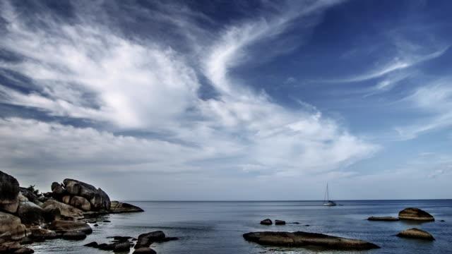 vídeos y material grabado en eventos de stock de stone playa - santa bárbara