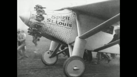 vídeos de stock, filmes e b-roll de stone monument in french recording charles lindbergh's record setting flight / lindbergh driving in car in parade, crowds on streets / lindbergh... - oceano atlântico