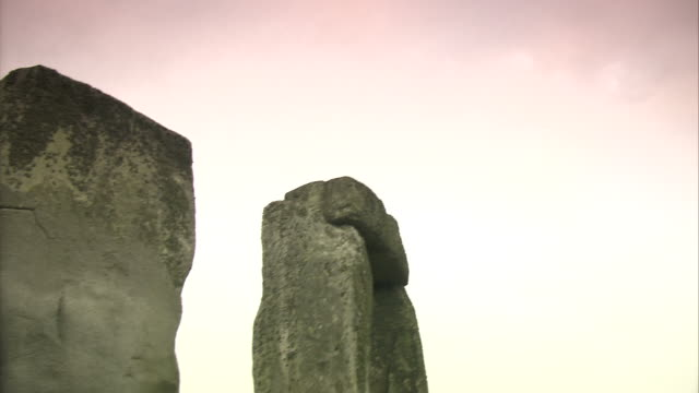 stonehenge: ancient prehistoric monument, wiltshire, uk - stonehenge stock videos and b-roll footage