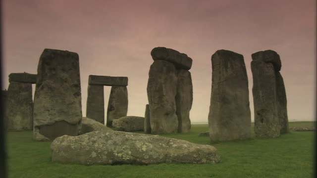 stonehenge: ancient prehistoric monument, wiltshire, uk - panning stock videos & royalty-free footage