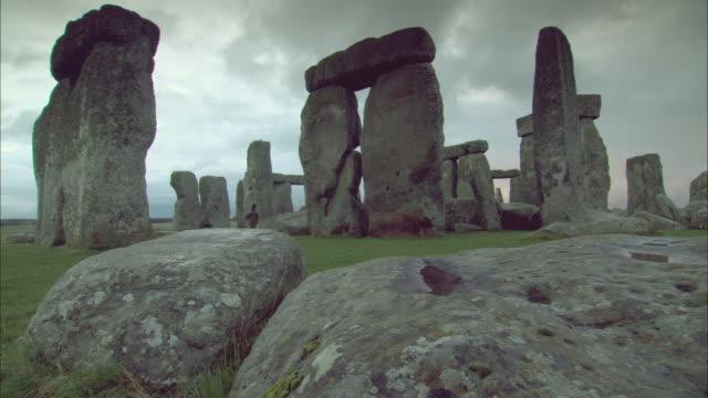 ms, stonehenge, salisbury plain, wiltshire, england - stonehenge stock videos and b-roll footage