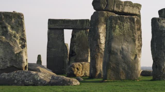 ms pan stonehenge, wiltshire, united kingdom - stonehenge stock videos and b-roll footage
