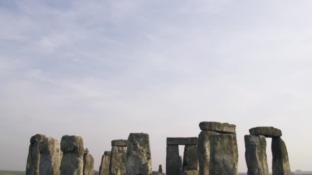 ms td stonehenge, wiltshire, united kingdom - stonehenge stock videos and b-roll footage