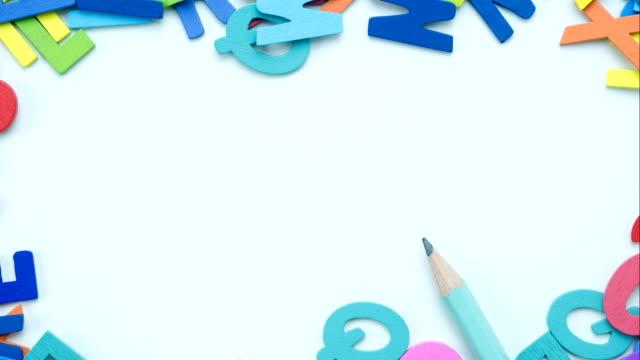 停止運動: 想法 - 字母表 個影片檔及 b 捲影像